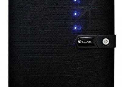 FreeNAS_Mini_FrontView_WEB